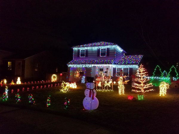 2188SchaeferRoad - Residential Christmas Holiday Lights In The Montgomery County Area